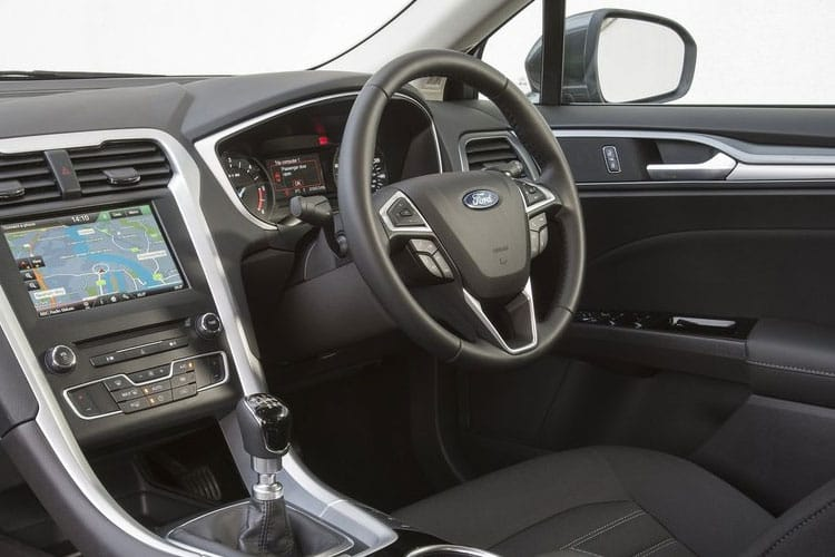 Ford Mondeo Hatch 5Dr 2.0 EcoBlue 150PS Titanium Edition 5Dr Auto [Start Stop] inside view